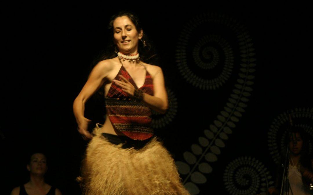 African Dancing with Rhythm Culture